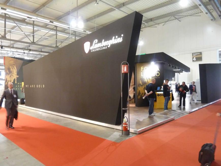 Allestimento stand Milano Mostra Convegno Lamborghini
